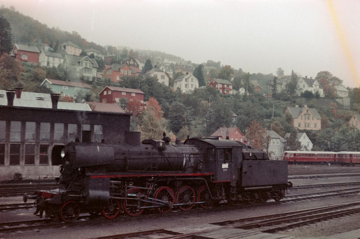 Damplokomotiv type 26c nr. 399 på driftsbanegården ved Marienborg ved Trondheim.