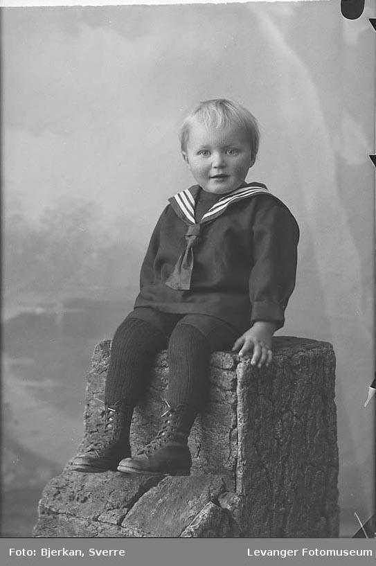 Portrett av Ole Rivelsrud