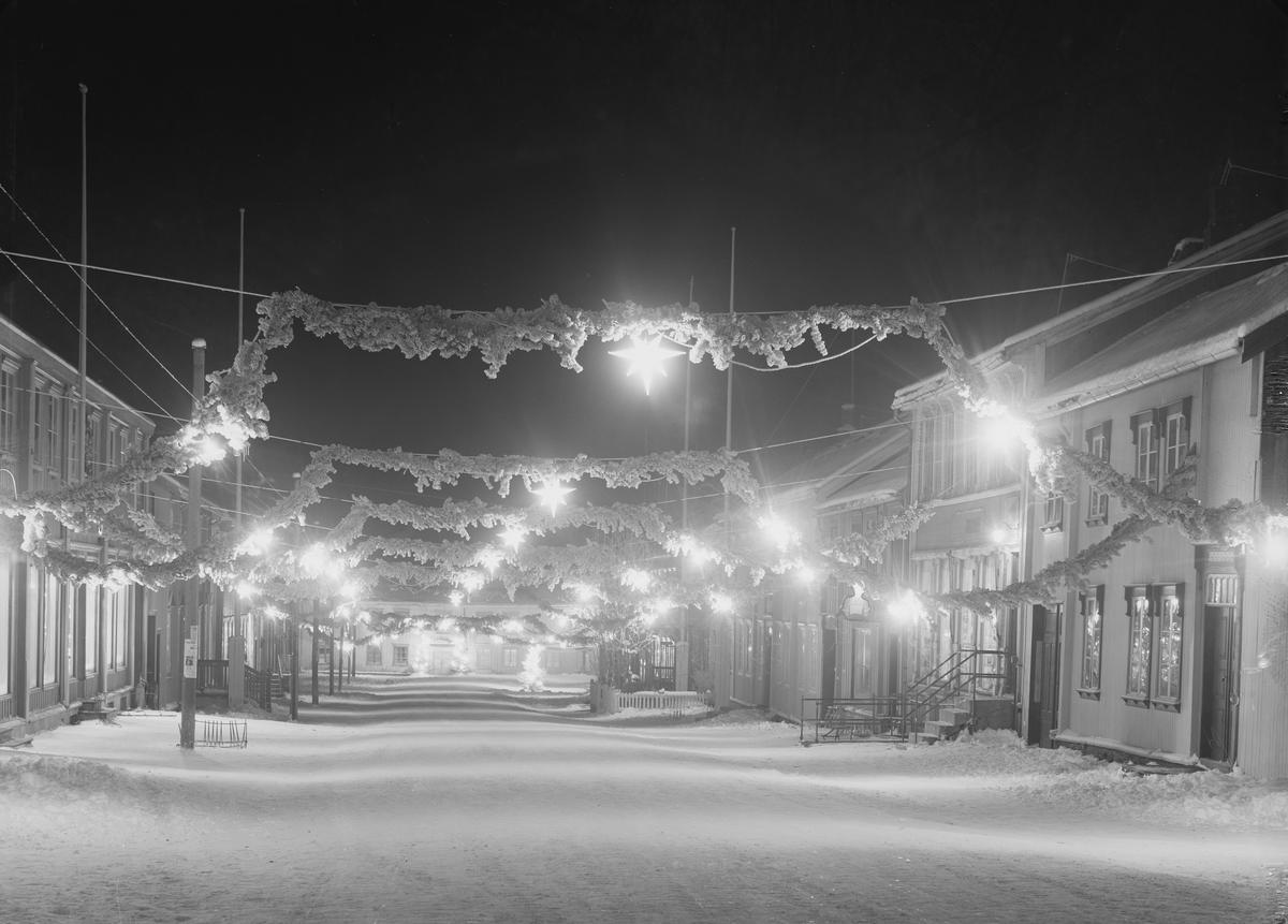 Bergmannsgata med julebelysning (Foto/Photo)
