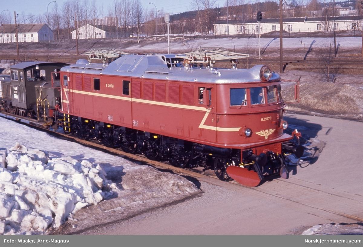 Elektrisk lokomotiv El 8 2070 etter hovedrevisjon, foto på Verkstedet Grorud