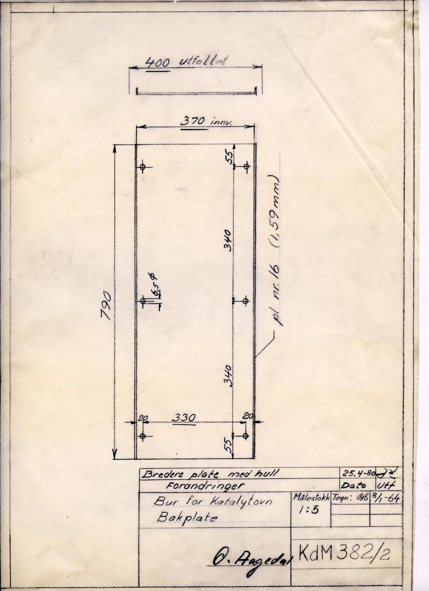 Håndtegnet arbeidstegning til bakplate til bur for katalytovn, Utarbeidet på Krossen i 1964, revidert i 1980.Tegningsnummer KdM 382/2