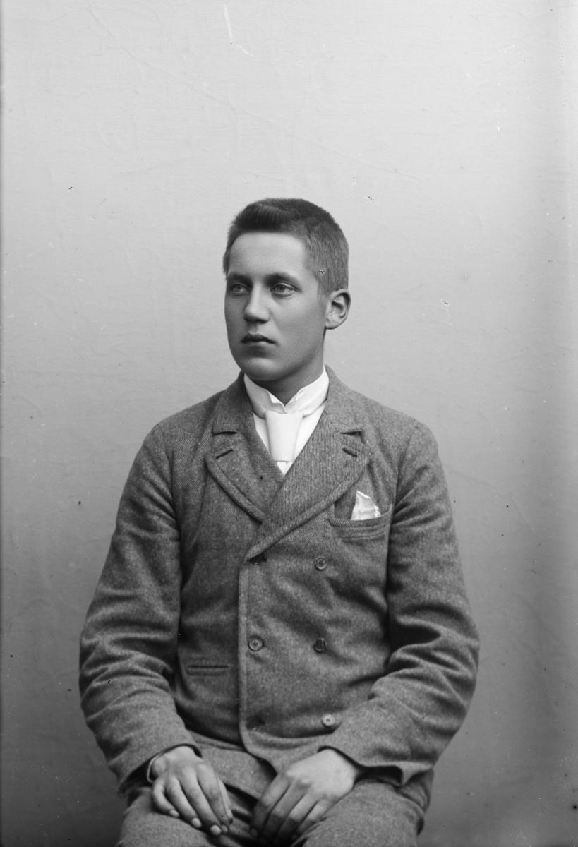 Portrett av E. Linde
