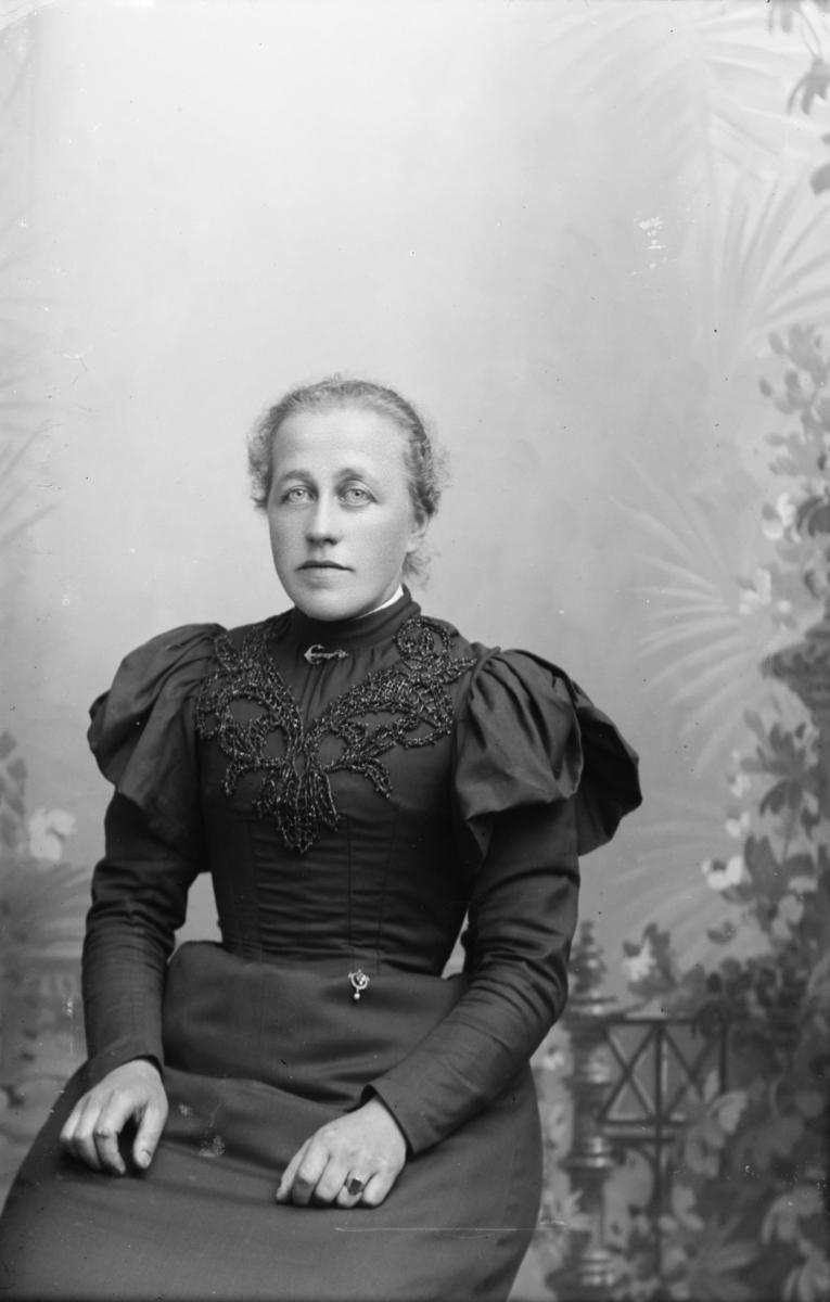 Portrett av Ingeborg Myhre