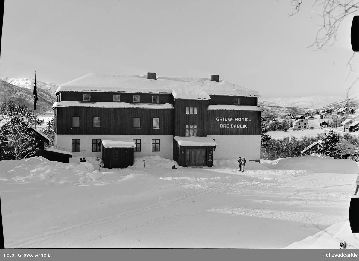 Hotell, Breidablik, vinter, turistbedrift, bilveg, skituristar,