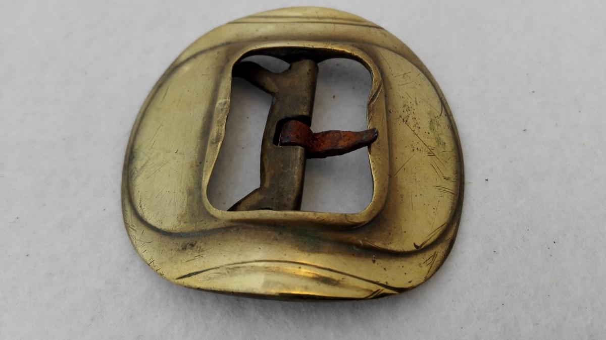 Form: Av same type som DHS 384. Til mannssko. Kjøpt i Indre Sogn ca. 1900 - 1906.