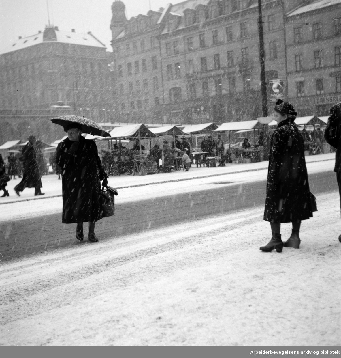 Youngstorget. November 1952