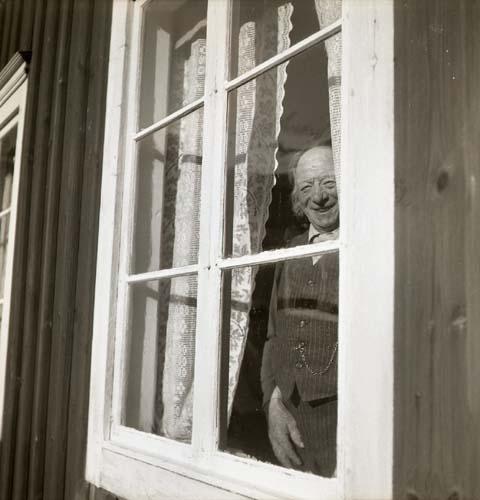 Essén i fönstret, sett utifrån, 6 augusti 1950.