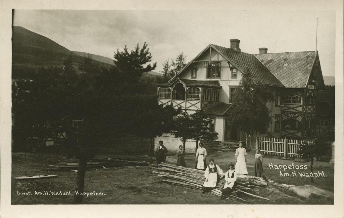 Postkort: Harpefoss - Wadahls hotell og butikk