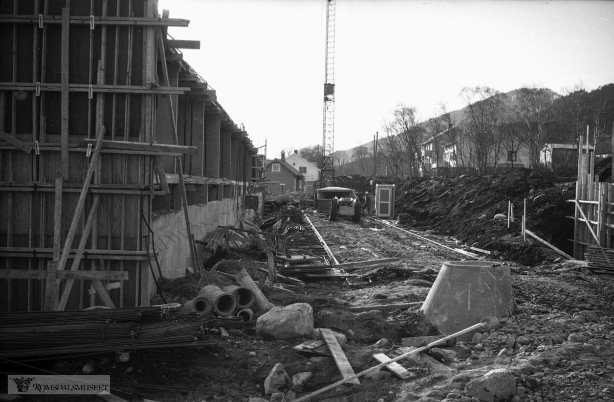 """Mars-april 1967"".""Blokkbygg Julnes"""
