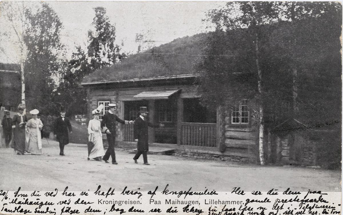 Postkort: Kongeparet på Maihaugen ved kroningsreisen i 1906