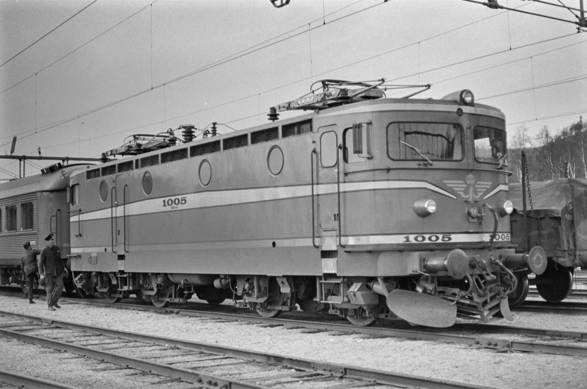 Svensk elektrisk lokomotiv type Rb 3 nr. 1005 i Storlien i Sverige.