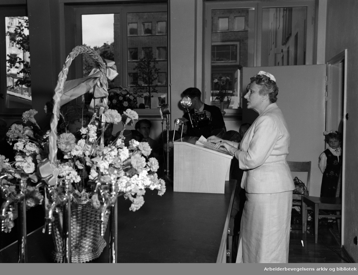 Rikshospitalets barneklinikk åpnes. Kronprinsesse Märtha..Mai 1950