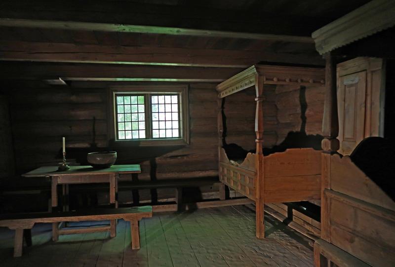 Stue fra Kjelleberg på Norsk Folkemuseum. Foto: Astrid Santa, Norsk Folkemuseum.