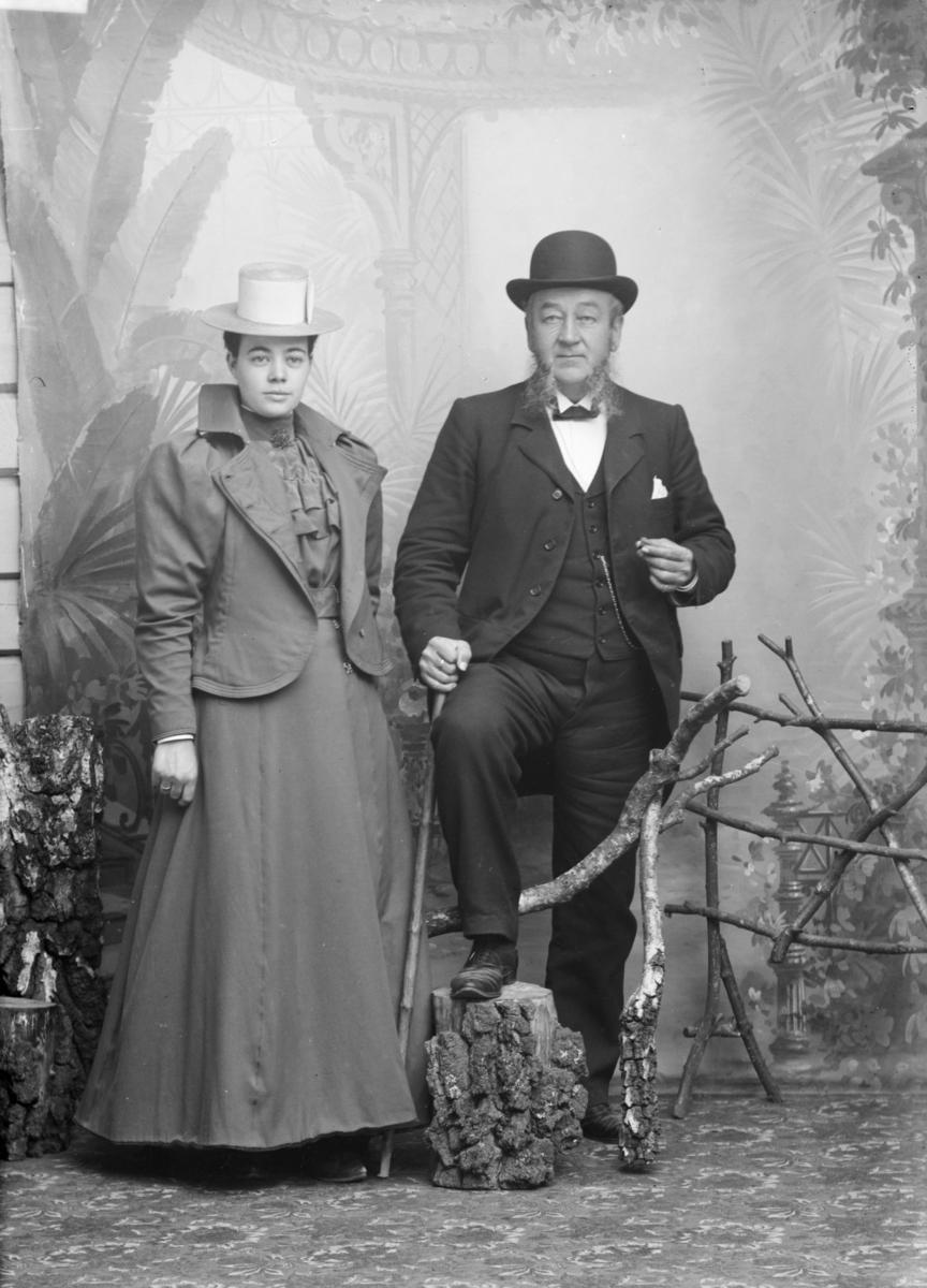 Portrett av grosserer N. Chr. Michelsen med frue