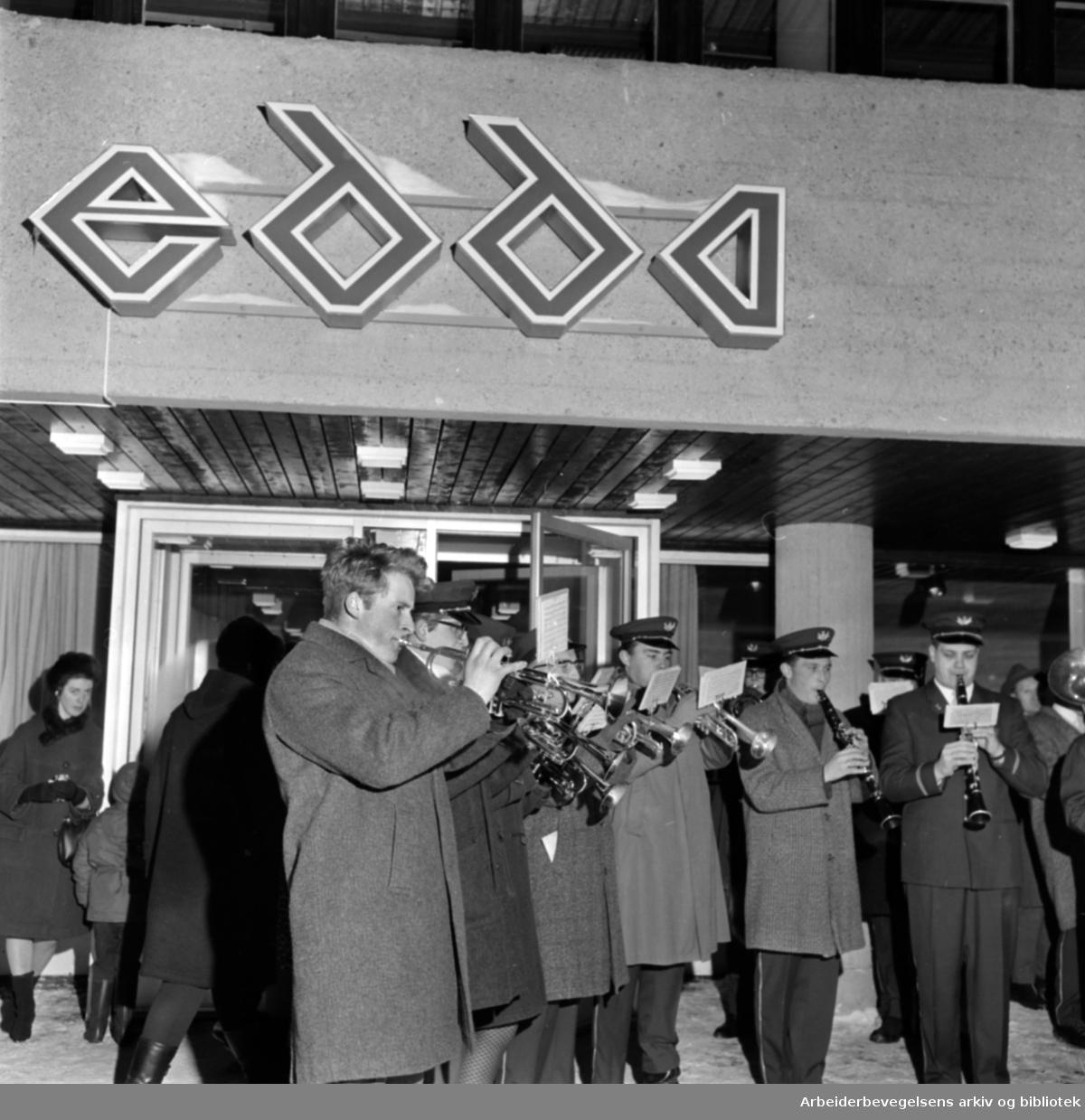 Kalbakken. Edda Kino. Høytidlig åpning 2. juledag. Desember 1966