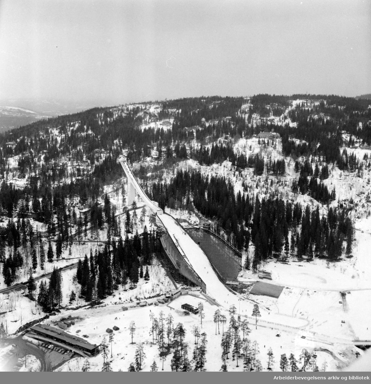 Holmenkollbakken. Mars 1973