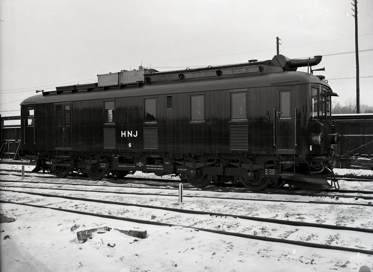 Diesel-elektrisk vagn för HNJ. Tillverknings år: 1925.