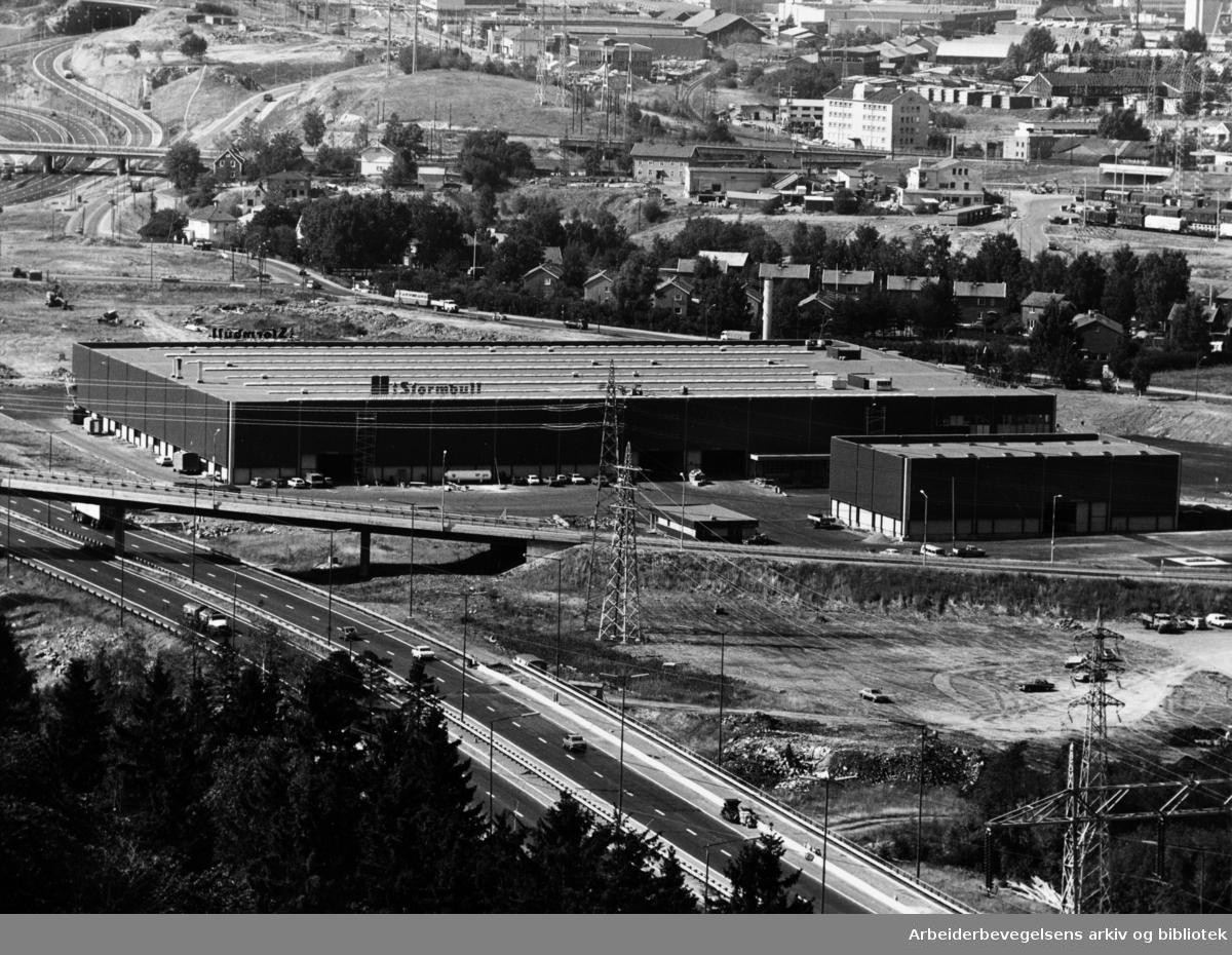 Alnabru. Stormbulls nye bygg på Alna. September 1975