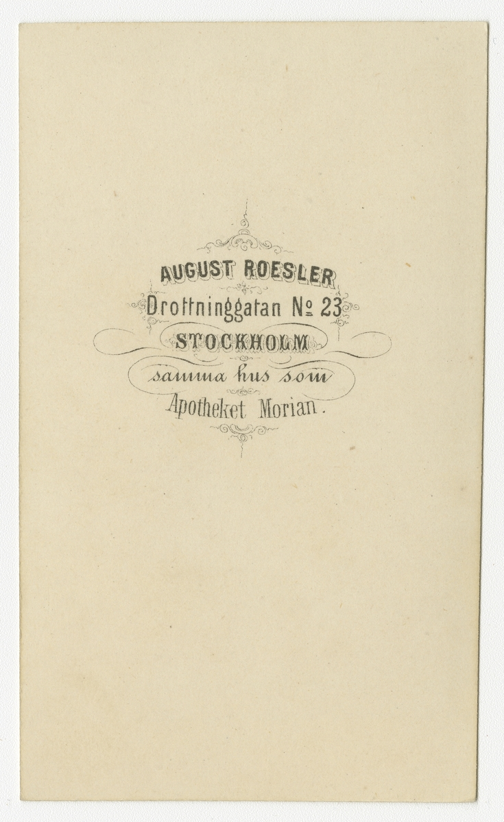Porträtt av Gustaf Fredrik von Rosen, sedemera officer vid Andra livgardet I 2.  Se även bild AMA.0008318.