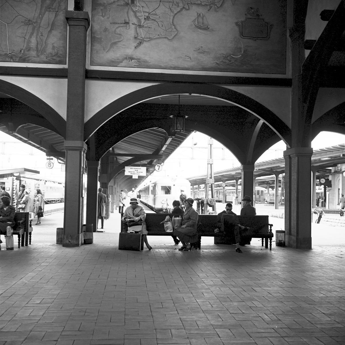 Mässa, Tåg 62. Firande av 100 år av västra stambanan 1862-1962. Göteborgs Centralstation