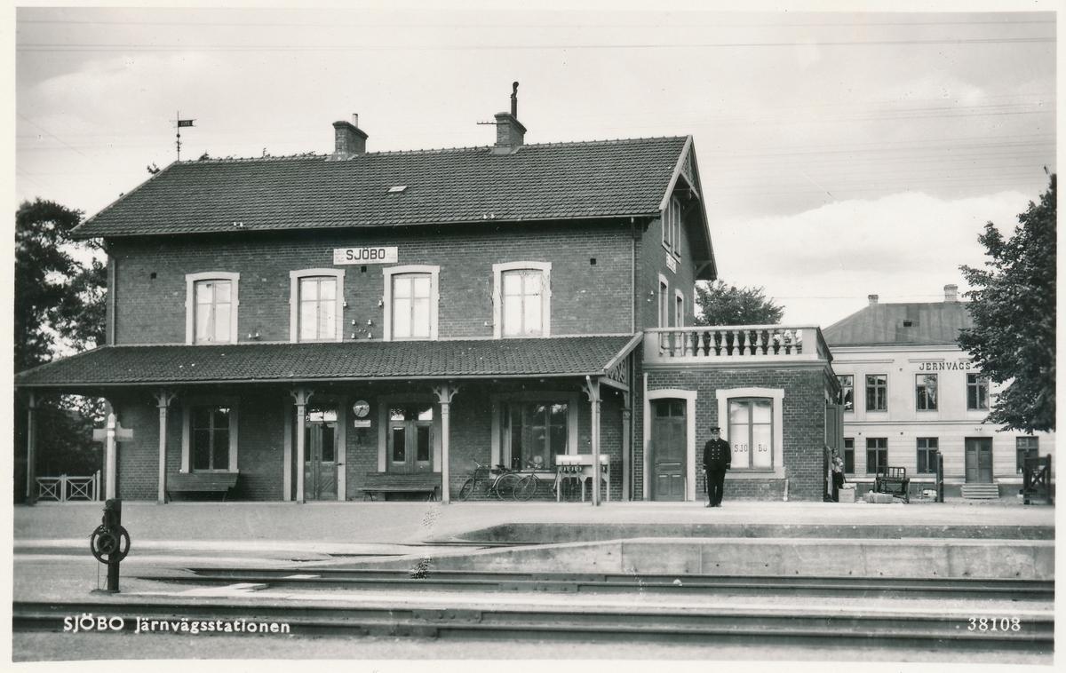 Vy på Sjöbo stationshus. Mekanisk växelförregling