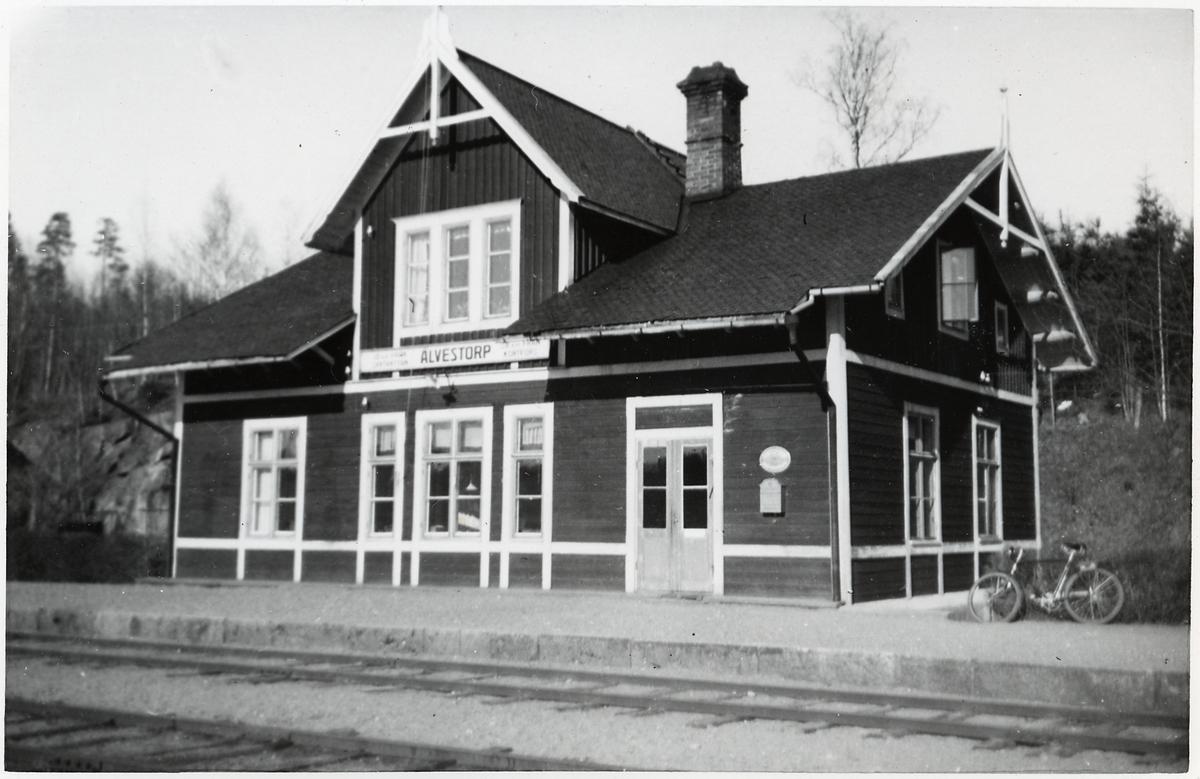 Älvestorp station.