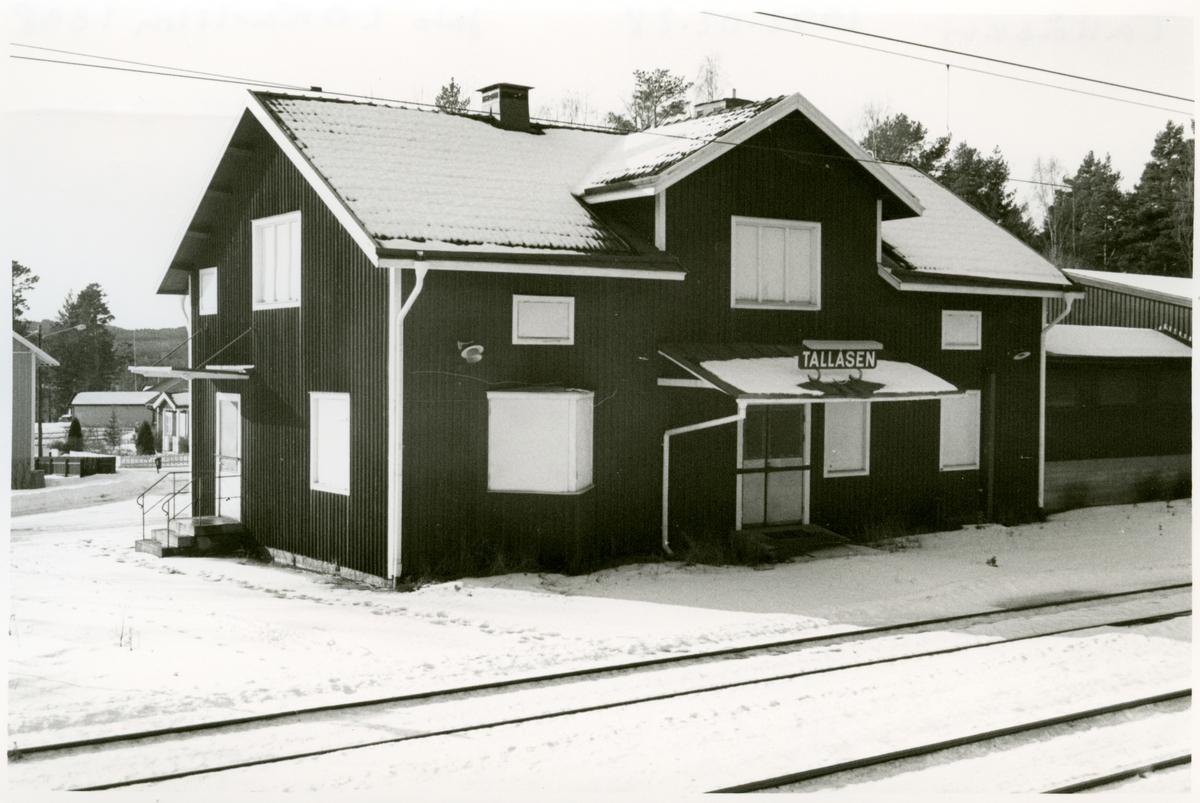 Statens Järnvägar, SJ. Stationen under vintertid.