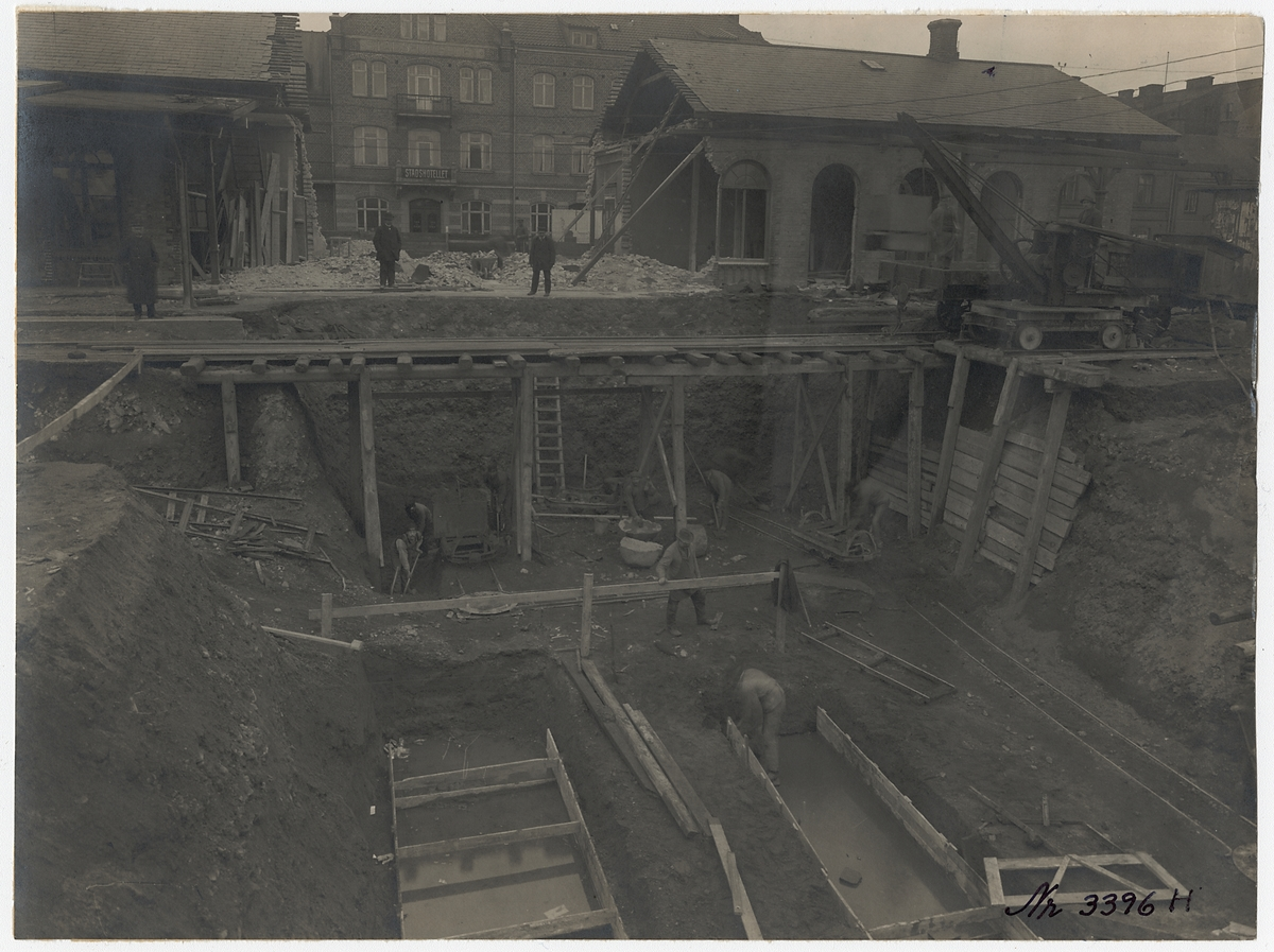 Eslöv, grundgrävning och tunnelbyggnad.
