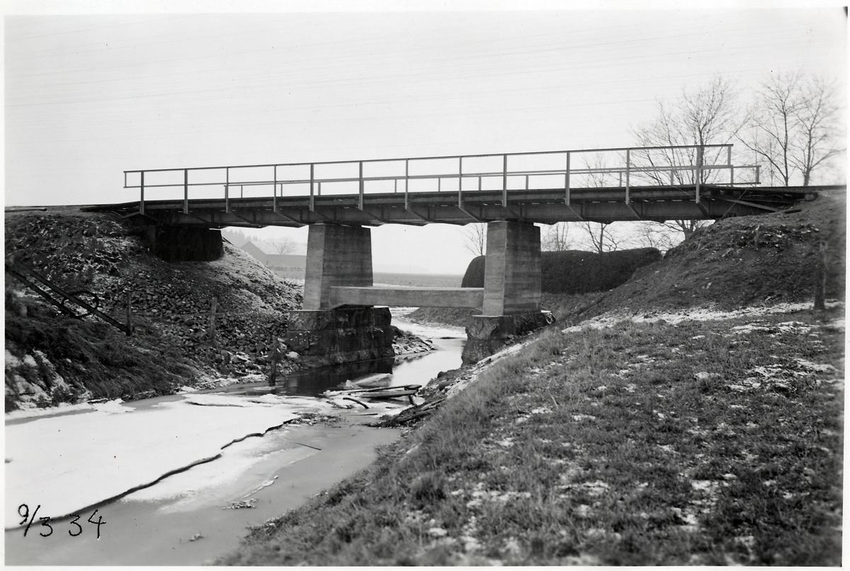 Järnvägsbro över Vängeån på linjen mellan Brunn och Ålandsdal.