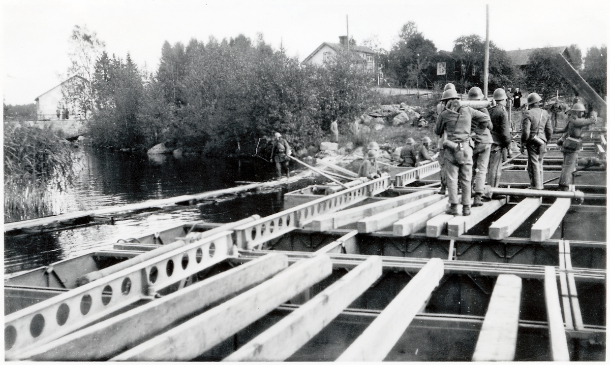 Bron vid Gavelhyttan nästan klar.