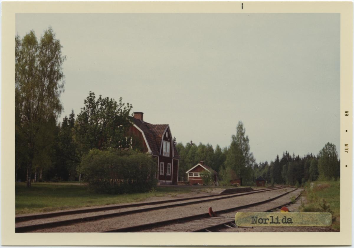 Vy över Norlidas Station. Arkitekt H.Göransson, Borås. Anmä: Obemannad.