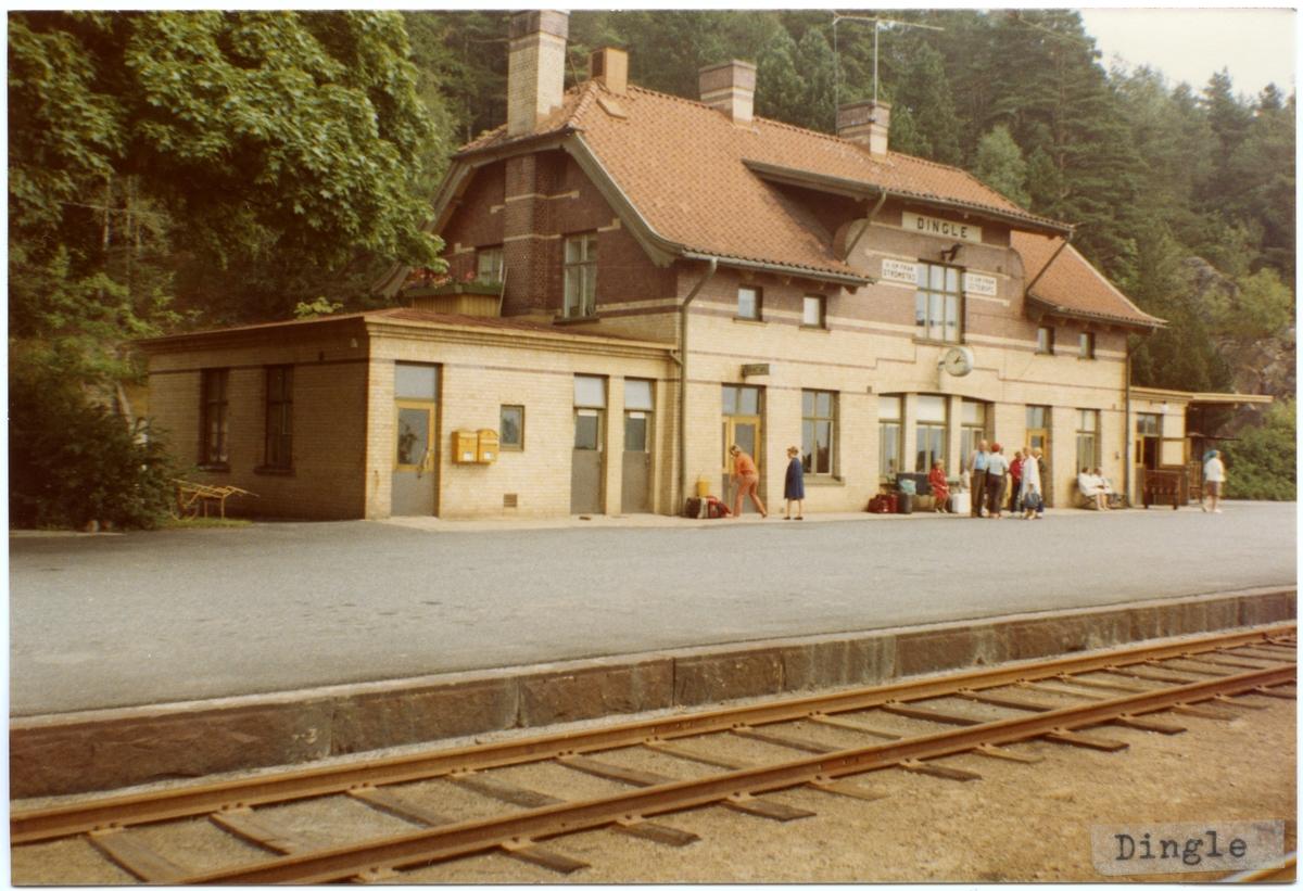 Dingle station.