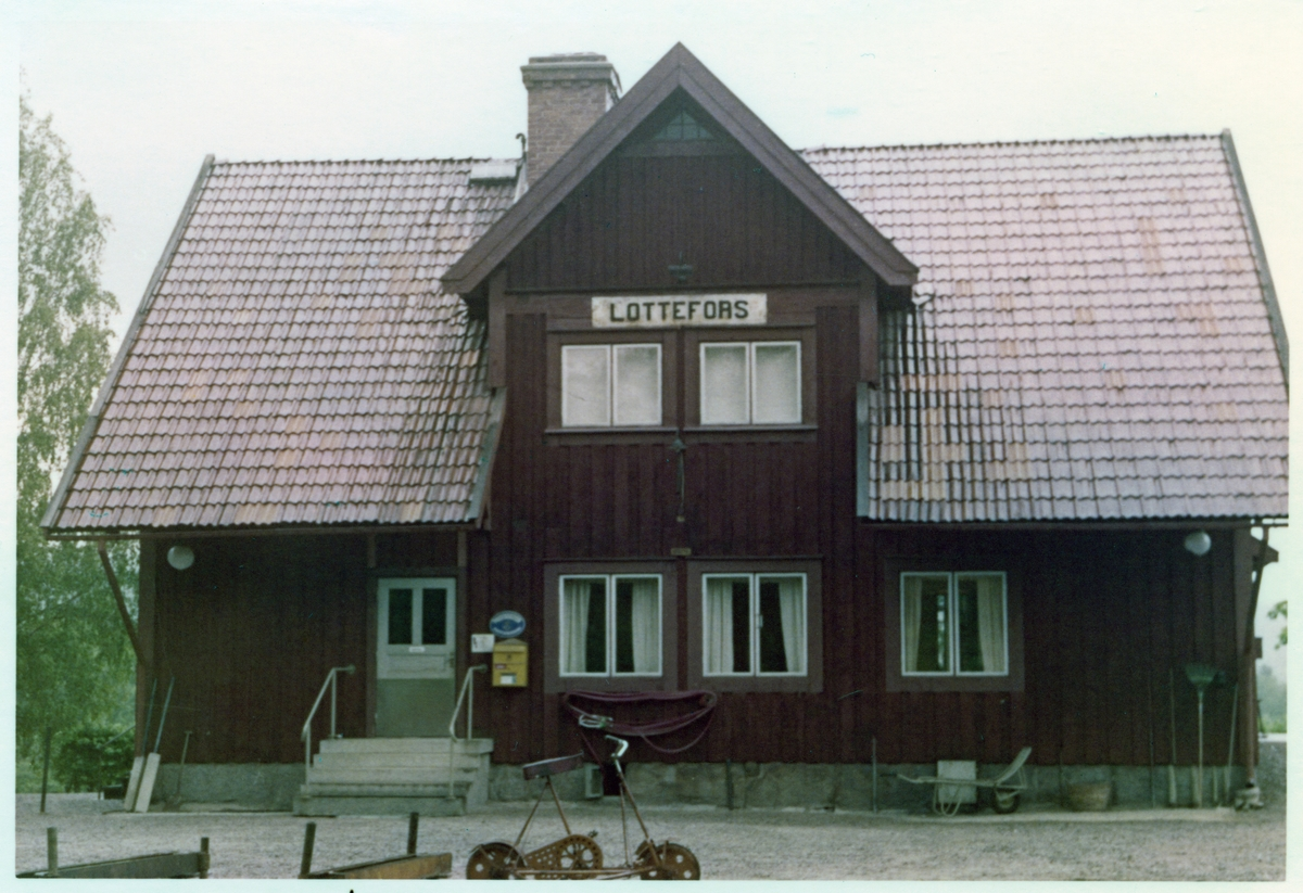 Lottefors station.