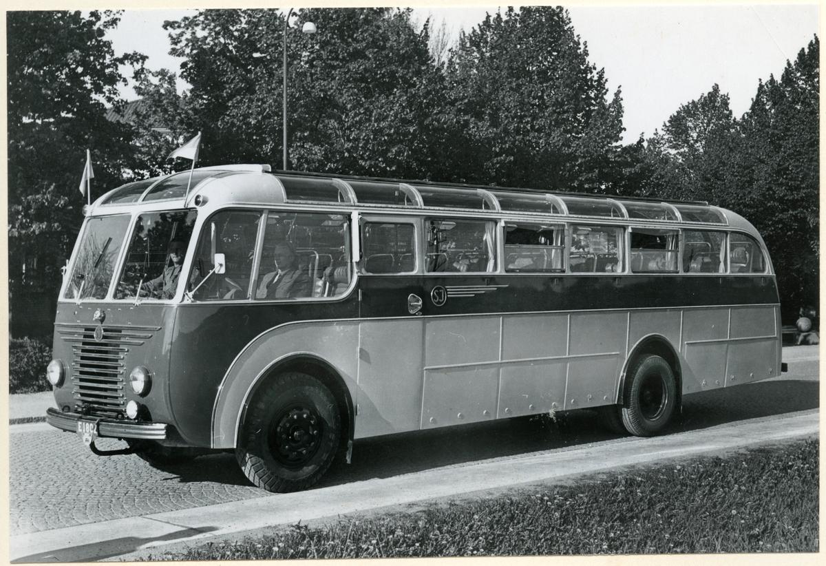 Statens Järnvägar, SJ buss med registreringsnummer E1802.
