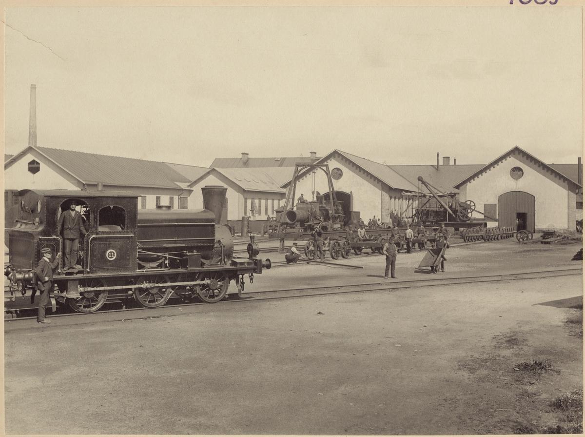 Frövi - Ludvika Järnväg, FLJ lok 11 utanför verkstaden i Kopparberg.