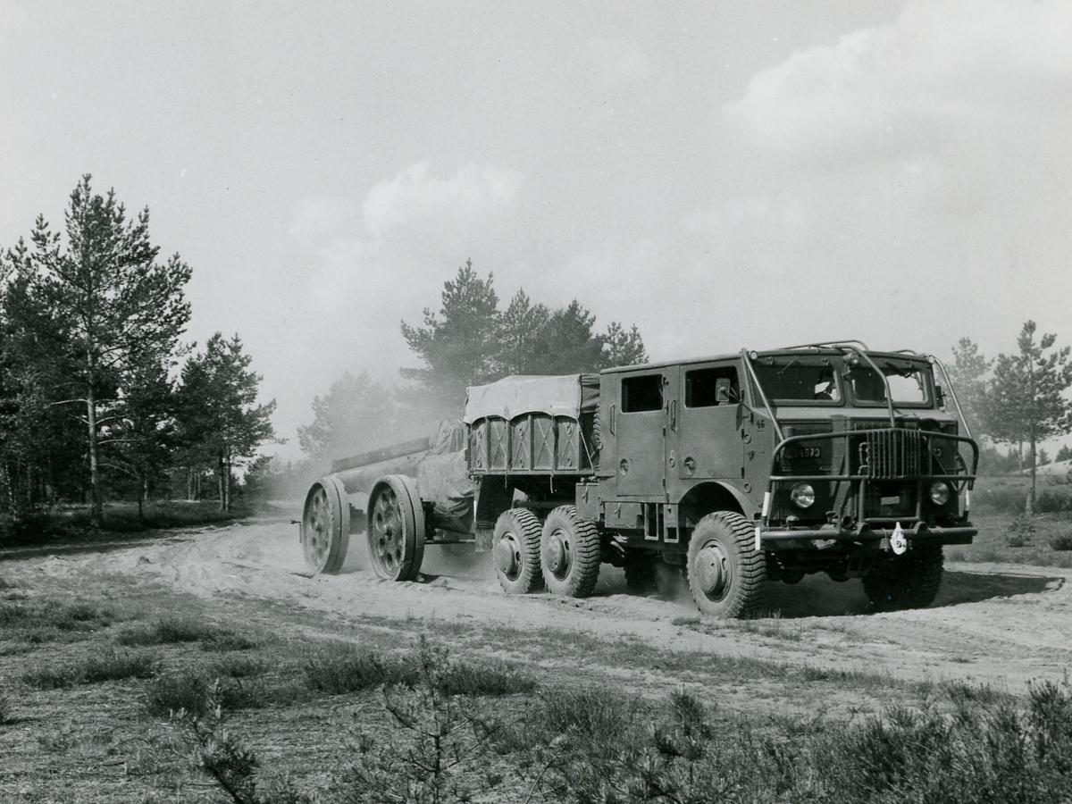 Dragterrängbil 953 B