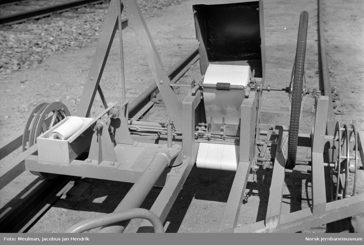 Ombygget Espelund-tralle for registrering av vindskjevheter i sporet.