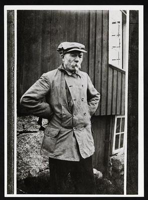 En tenkende Arne Garborg, slik man ofte så han. (Foto/Photo)