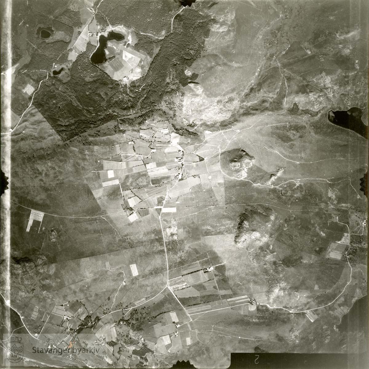 Jfr. kart/fotoplan H7/632..Espeland, Espelandstjørn..Se ByStW_Uca_002 (kan lastes ned under fanen for kart på Stavangerbilder)