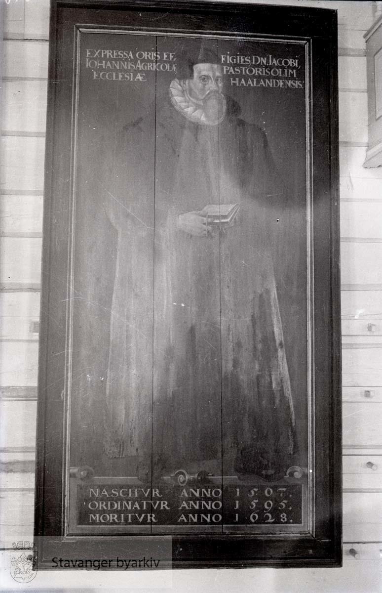 Maleri på tre i Sola kirke