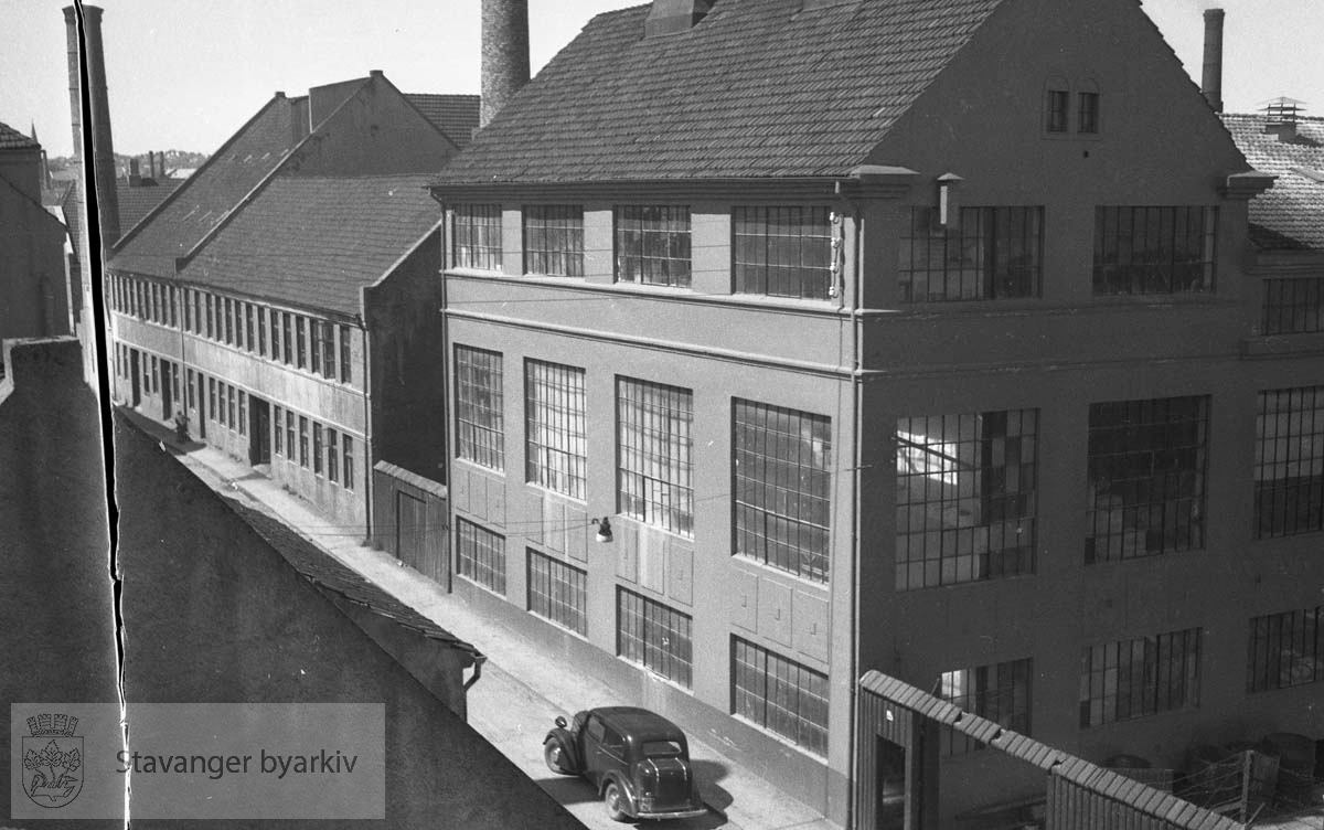 Sildemelsfabrikk.