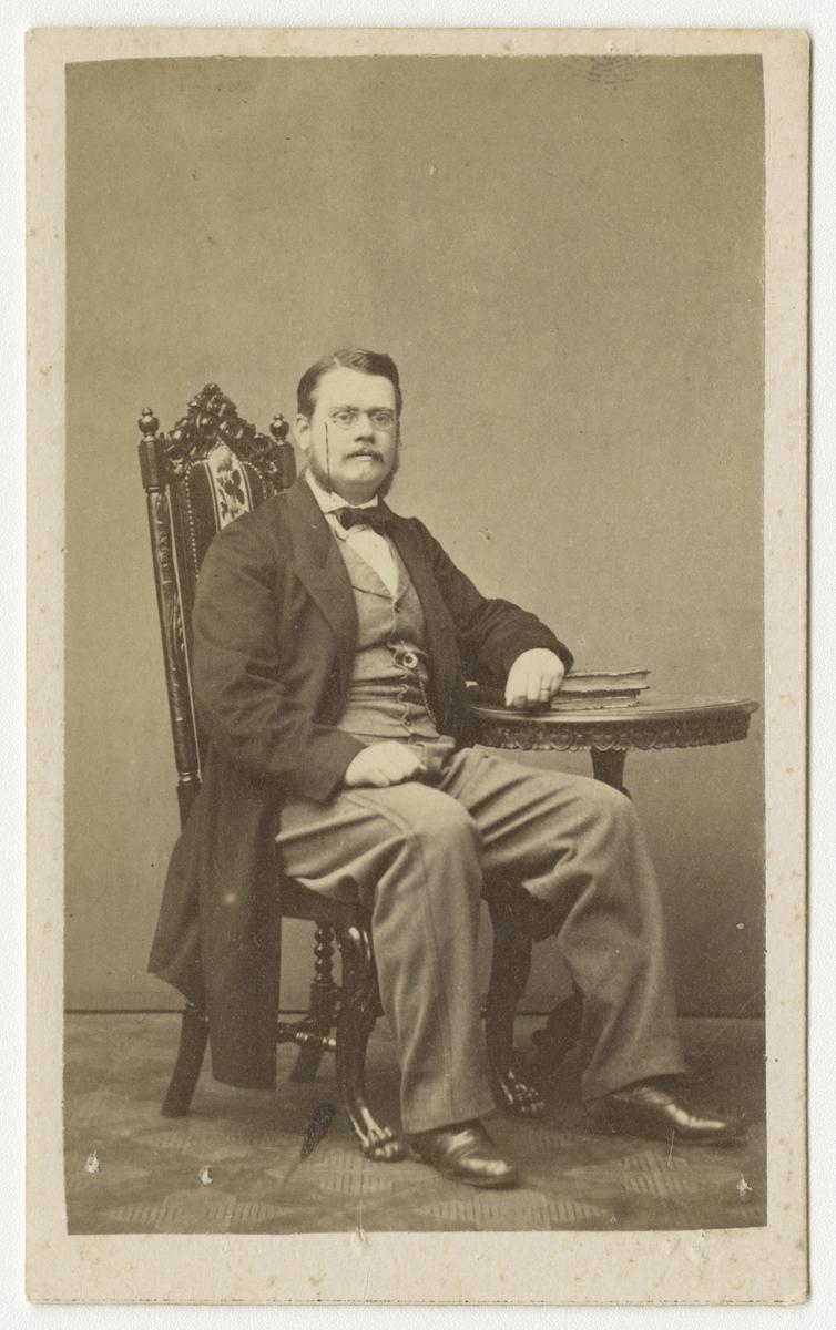 Porträtt av Fredrik Adolf Wilhelm Ehrensvärd, officer vid Västmanlands regemente I 18.