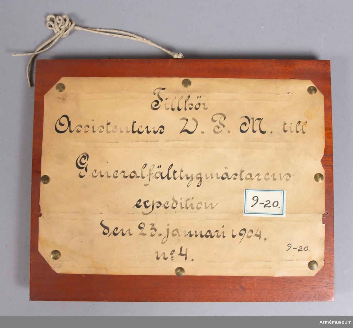 Grupp E V. Mont. på skiva märkt Ass. W.P.M. t Generalfälttygm. exp 1904. Nr 8.