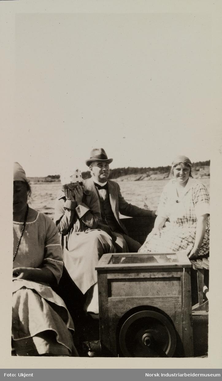 Mennesker på båttur