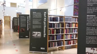 Karl 12 utstilling på biblioteket. Foto/Photo