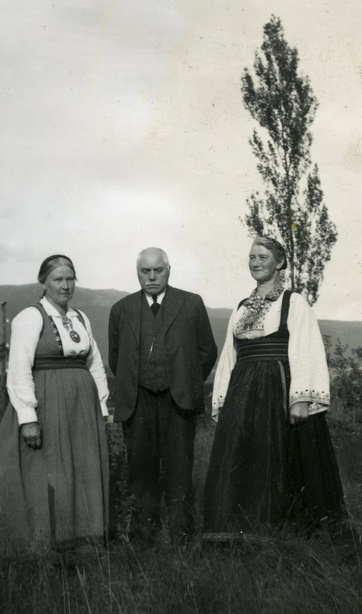 Foto av Anne og Halvor Skogen