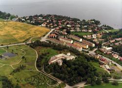 Luftfoto over Ringve gård med Ringve Botaniske Hage. Strindf
