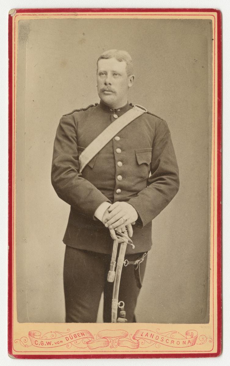 Porträtt av okänd underlöjtnant vid Södra skånska infanteriregementet I 25.