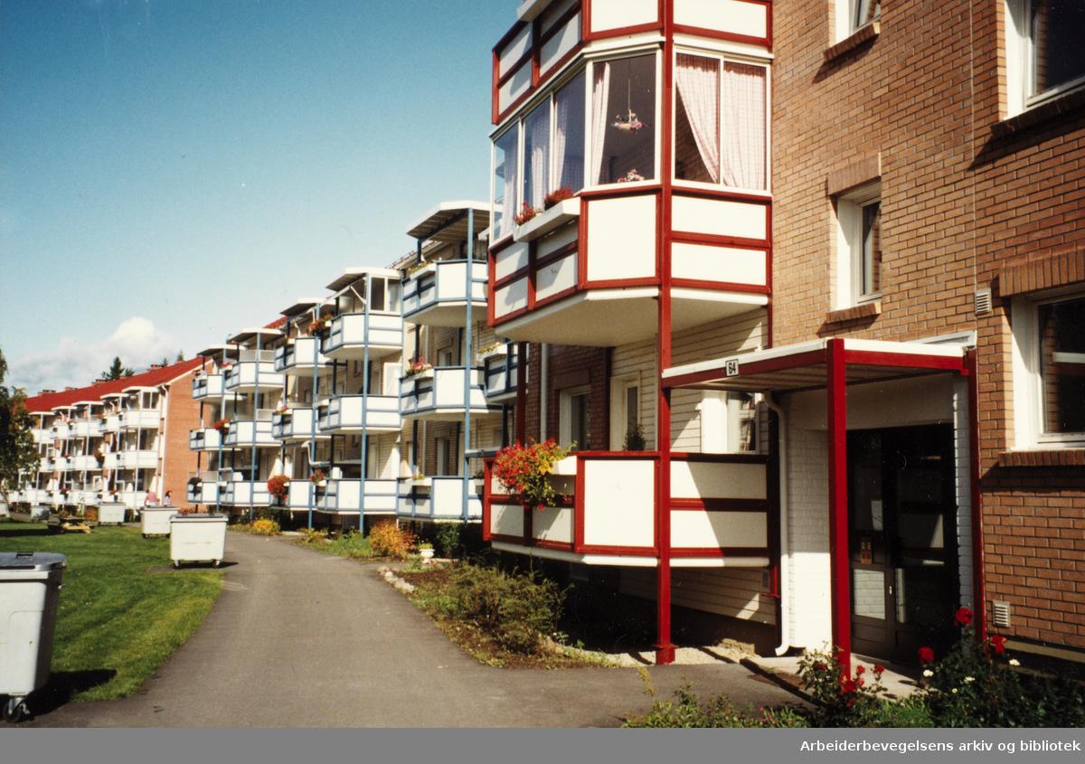 Lambertseter. Bergkrystallen borettslag. 1992