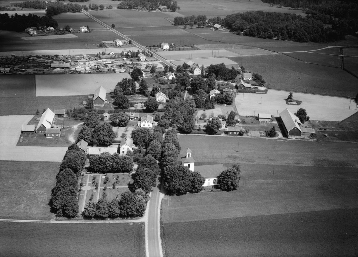Flygfoto över Tånnö i Värnamo kommun,  Jönköpings län. Nr: 289 /1961